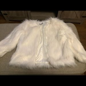 Jennifer Lopez faux fur jacket